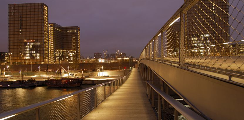 Simone de Beauvoir footbridge4